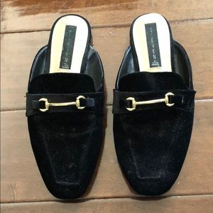 Steve Madden Shoes - Backless loafers